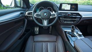 BMW M550i vs Audi S6 y Mercedes-AMG E 43.