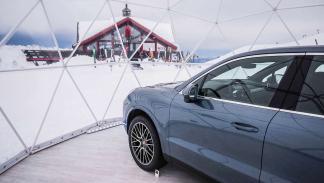 Porsche en los Alpes
