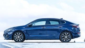 Hyundai i30 Fastback vs Skoda Octavia