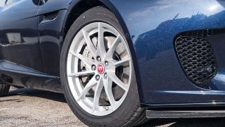En circuito: Ford Mustang Ecoboost/Jaguar F-Type P300