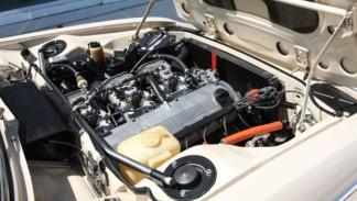 BMW 2800CS de 1971 completamente restaurado