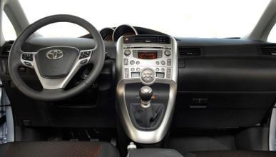 Fotos: Toyota Verso 2011: mayor equipamiento y motores más potentes