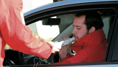 La DGT realiza 20.000 controles de alcoholemia al día