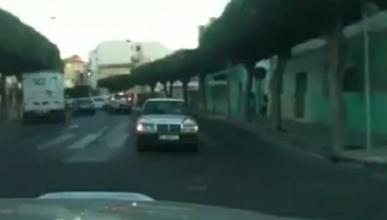 Un kilómetro marcha atrás por las calles de Melilla