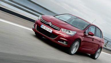 Las ventas de coches suavizan su caída en julio