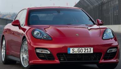 Porsche Panamera GTS frontal
