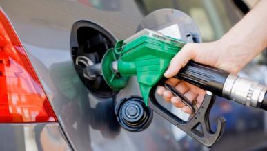 El diésel y la gasolina bajan de precio tras varias subidas