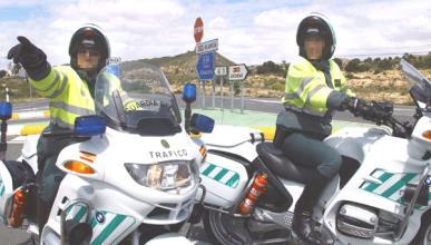 Cinco guardias civiles detenidos por robar en la autopista