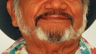 Detenidos por conducir con sombrero o bigote negro en EEUU