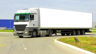 Los transportistas, contra la subida del precio del diésel