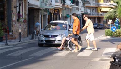 Crean un sistema que detecta peatones desde el coche