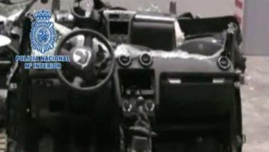 Interceptan un contenedor con coches robados y desguazados