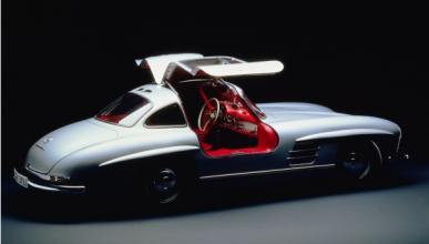 Historia del Mercedes SL: 60 años del 'deportivo ligero'