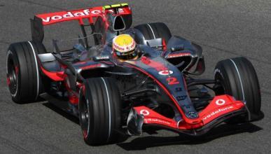 Hamilton desea que McLaren renueve a Button