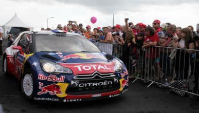 Loeb es el líder indiscutible en el Rally de Finlandia 2012