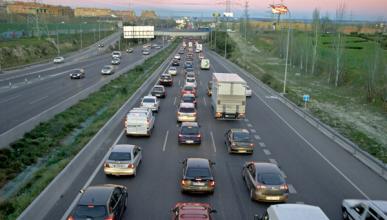 Baja el consumo de diésel y gasolina en España
