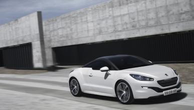 Peugeot RCZ 2012 dinámica frontal