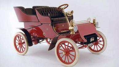 Ford A 1903 delantera