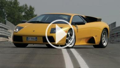 Carrera Lamborghini contra helicóptero con final brutal