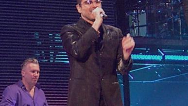 George Michael, herido en un accidente de coche