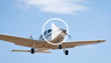 Gymkhana: duelo drift entre un BMW y avioneta