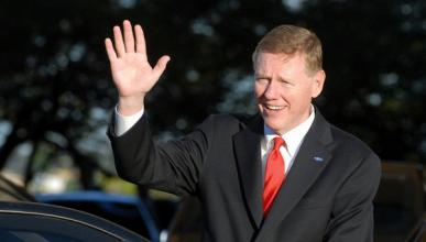 El presidente de Ford, mayor candidato a presidir Microsoft