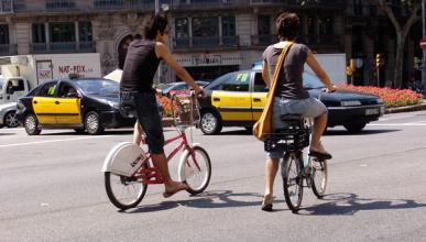 Los ciclistas, contra la DGT por considerarlos un 'estorbo'