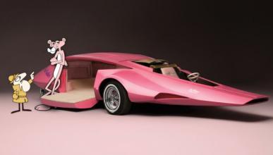 El coche de la Pantera Rosa dibujos