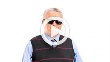 Vídeo: un invidente conduce a 300 km/h