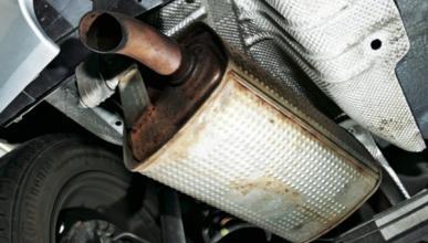 Cómo tener un 'escape de competición' low cost en tu coche