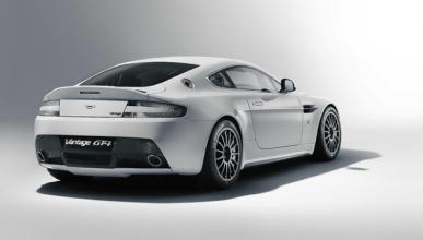 Fotos: Aston Martin revisa su Vantage GT4 para 2011