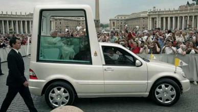 Un Papamóvil ecológico Mercedes para Benedicto XVI