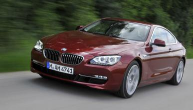 BMW-640i-Coupe-2011-movimiento-frontal