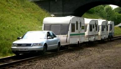 Top Gear: un Audi S8 arrastra un convoy de caravanas
