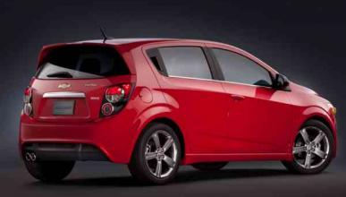 Chevrolet Sonic RS 2013 trasera