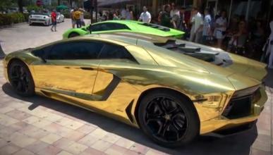 ¿Un Lamborghini Aventador LP700-4 vestido de oro?