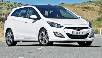 Hyundai i30 CW 1.6 CRDI Style Sport Auto delantera