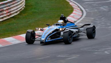 Un Fórmula Ford 1.0 bate al Enzo y Aventador en Nürburgring