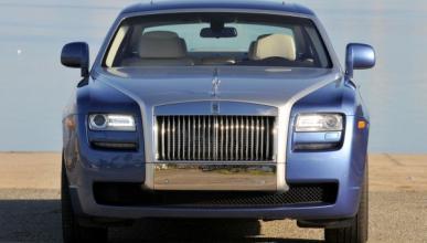 El prototipo Rolls-Royce Ghost Coupe rueda en Nürburgring