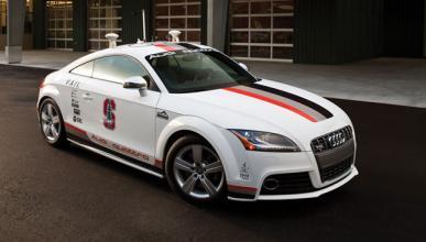 Un Audi TTS que alcanza los 200 km/h sin conductor