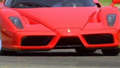 El Ferrari F70, cazado en la factoría
