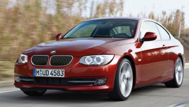 Un BMW se estrella contra una tienda del Soho de Nueva York