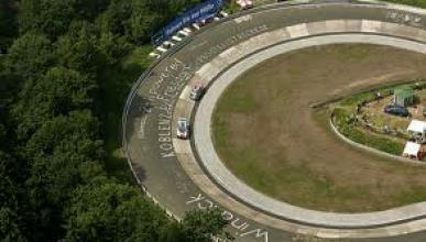 Bestial accidente de un Honda Civic en Nürburgring