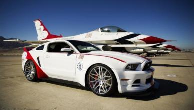 Ford Mustang 2014 Thunderbirds Edition
