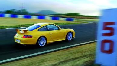 Accidente fatal entre un Porsche 911 GT3 y un Toyota Yaris