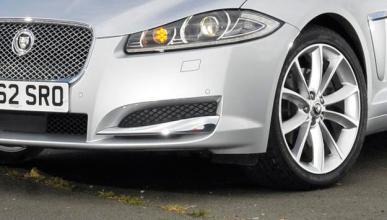 Jaguar podría un lanzar un compacto con tracción delantera