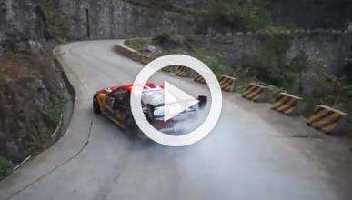 Espectacular desafío drift: Lexus SC contra Toyota Supra