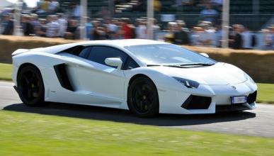 Vídeo: un Lamborghini Aventador, partido por la mitad