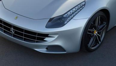 Filtrado un Ferrari FF biplaza de lo más raro