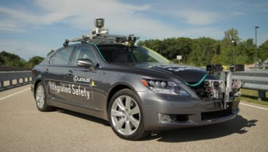 Toyota desarrolla un prototipo con conducción automática